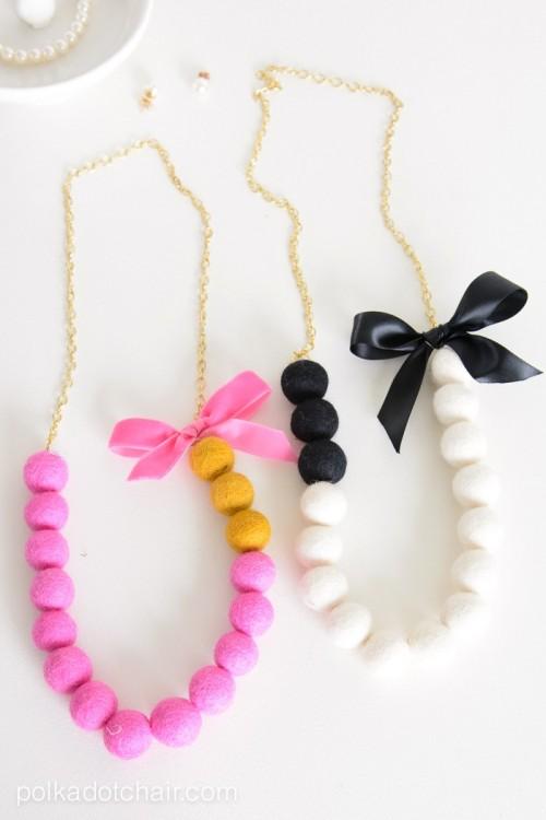 DIY Color Blocked Felt Ball Necklace