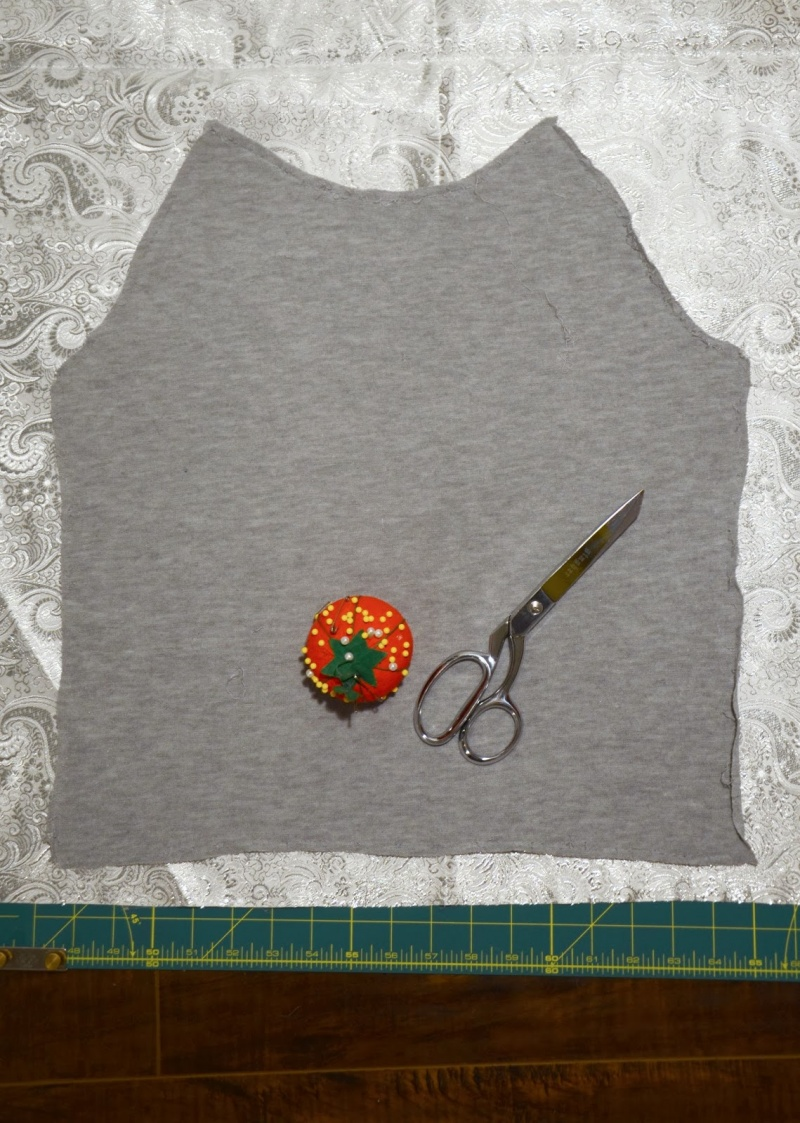 Picture Of diy contrasting raglan sweatshirt refashion  4