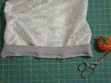 diy-contrasting-raglan-sweatshirt-refashion-6