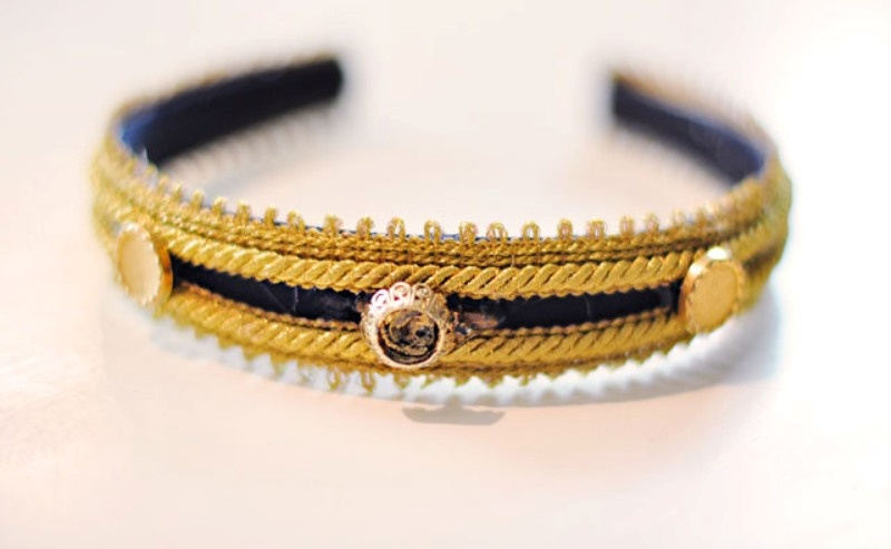 Picture Of diy dolce gabbana inspired bejeweled gold headband  6