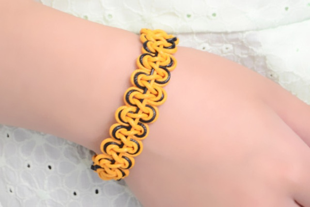 Picture Of diy double wave friendship bracelet with wax cord  1