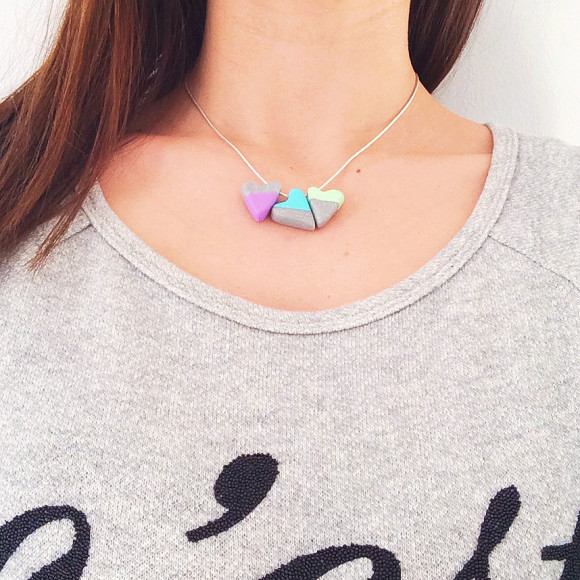 Picture Of diy enameled heart bead necklace  2