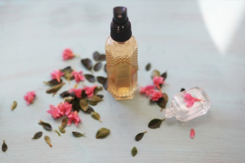 12 DIY Face And Body Mists For Moisturizing