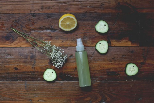 cucumber aloe mist (via blog)