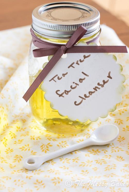 tea tree oil facial cleanser (via themessybakerblog)