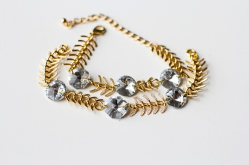 DIY Fishbone Chain Crystal Bracelet