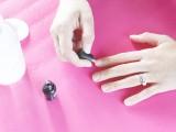 diy-gel-polish-for-a-lasting-manicure-4