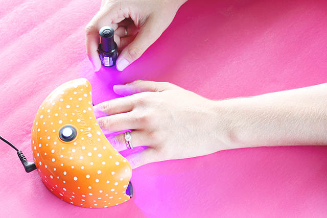 Picture Of diy gel polish for a lasting manicure  5