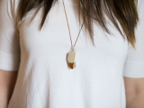 diy-geometric-gilded-pendant-from-clay-2