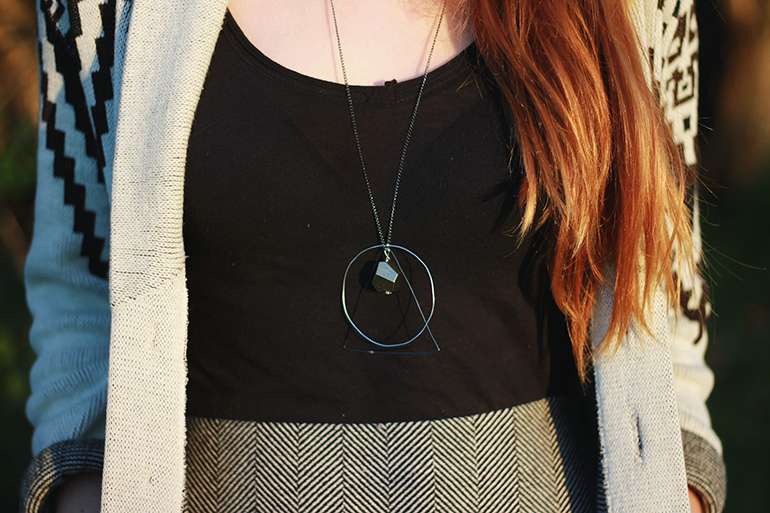 Picture Of diy geometric necklace with various geometric figures  4