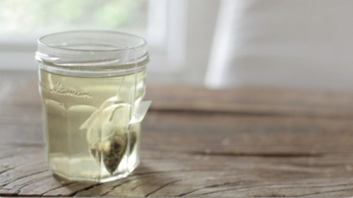 green tea face scrub (via styleoholic)
