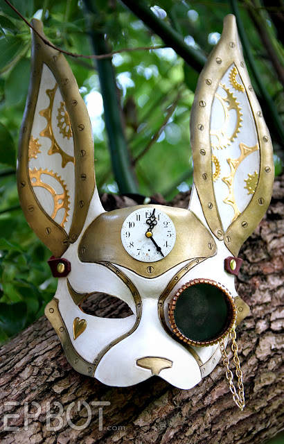 DIY Steampunk White Rabbit (via epbot)