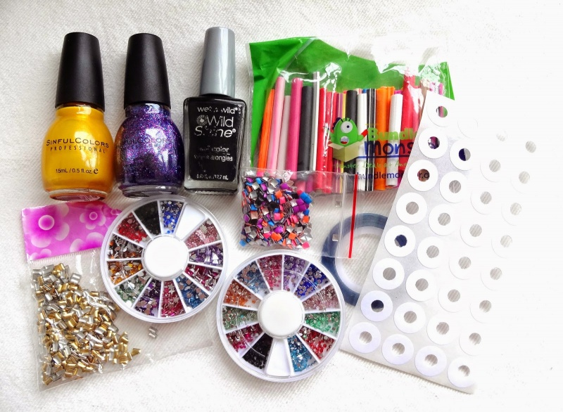 Picture Of Diy Happy Smiles Nail Art 2
