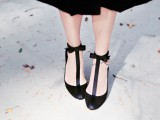 diy-holiday-shoes-with-t-straps-and-ankle-bows-1