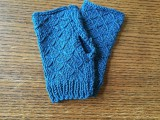 diy-lattice-knit-wrist-warmers-2