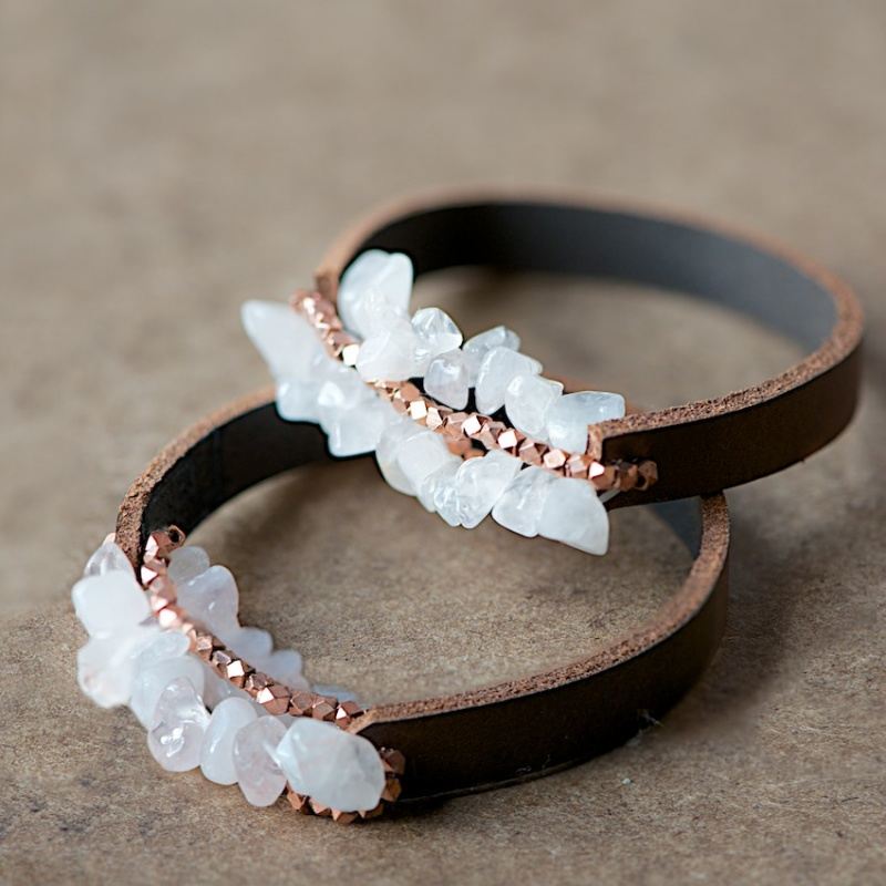 Picture Of diy leather bracelet with beads  1