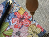 diy-leather-pouch-with-patterned-fabric-inside-4