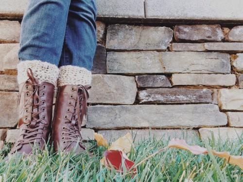 crochet leg warmers (via hellohandyheart)