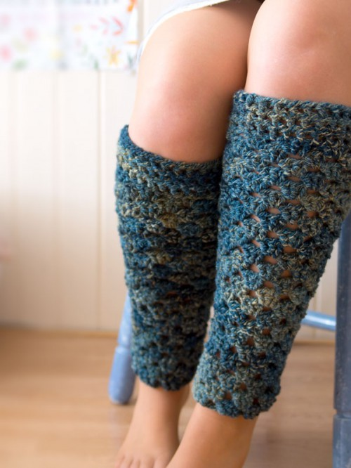 crochet leg warmers (via crafts)