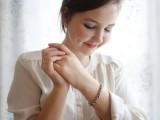 diy-lovely-rhinestone-bracelet-1