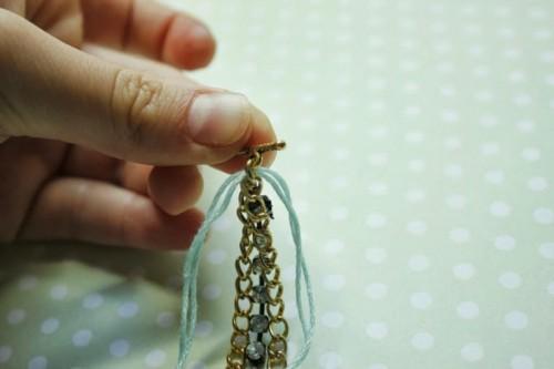 Lovely DIY Rhinestone Bracelet