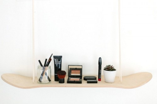 Original DIY Skateboard Makeup Shelf (via styleoholic)