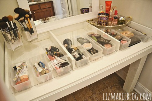 DIY Glass Top Makeup Vanity & 13 Cool DIY Makeup Storage Ideas - Styleoholic