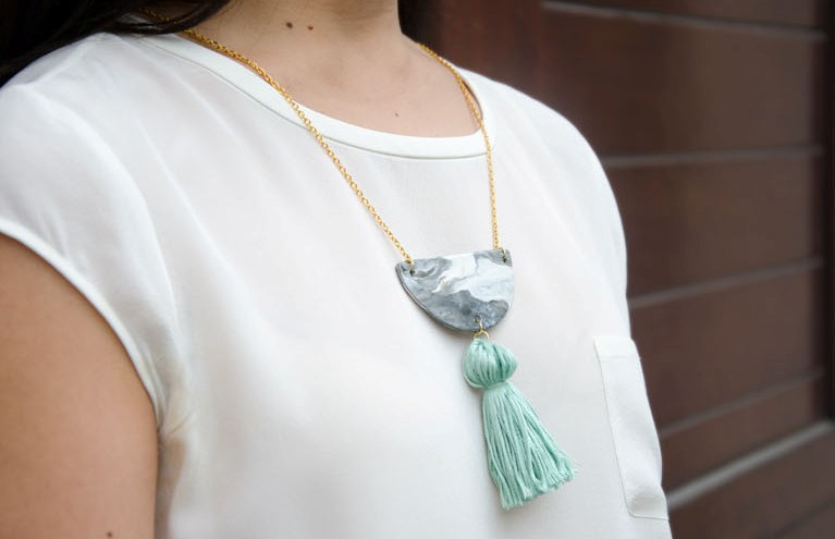 Picture Of diy marbled necklace with a pastel tassel  1