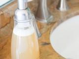 diy-natural-chamomile-foaming-handsoap-7