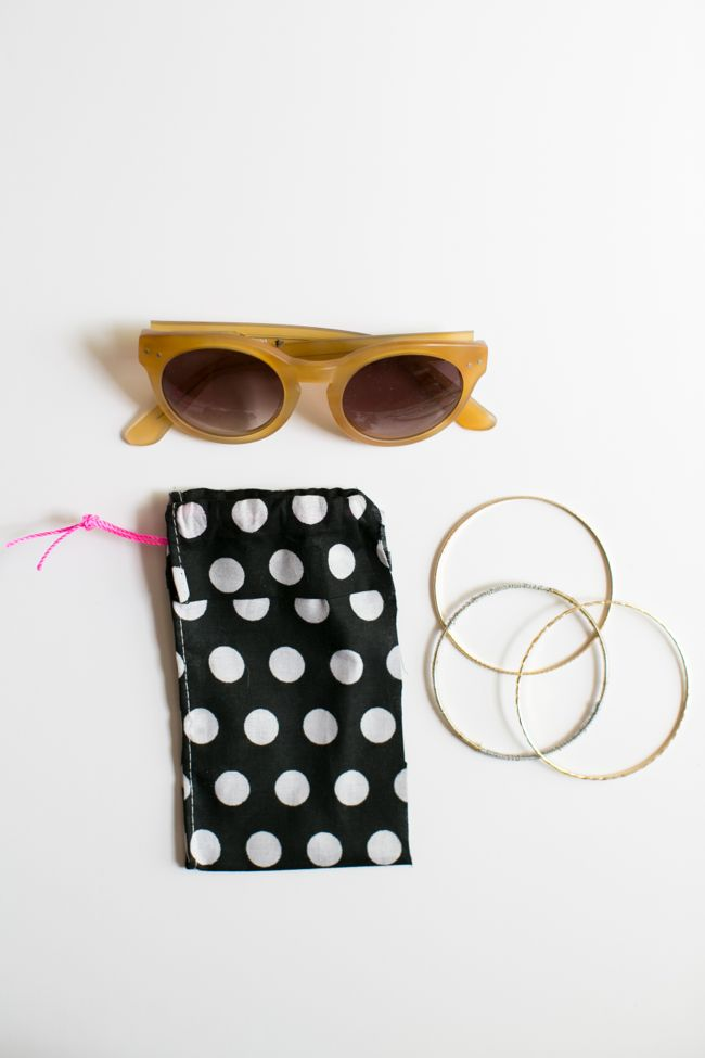 Picture Of diy no sew bandana sunglasses case  5