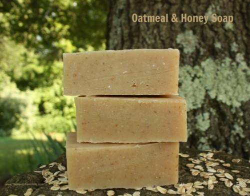 oatmeal and honey soap (via thenerdyfarmwife)
