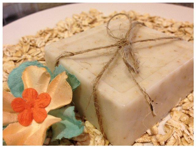 exfoliating oatmeal soap
