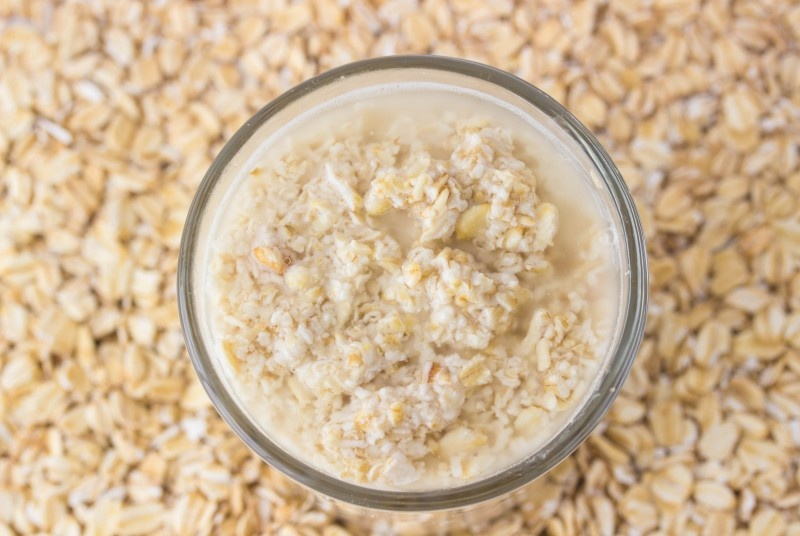 Picture Of diy oatmeal oil buster face mask  1