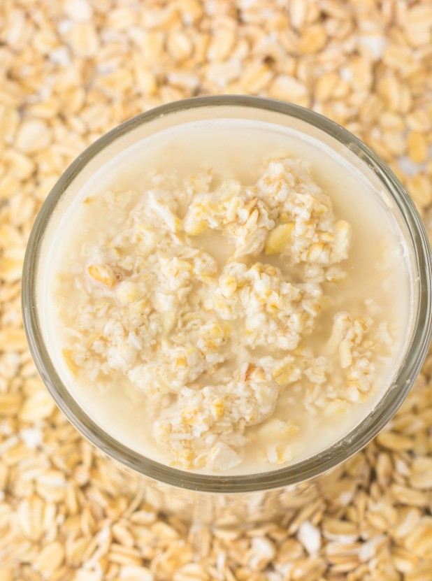 Picture Of diy oatmeal oil buster face mask  2