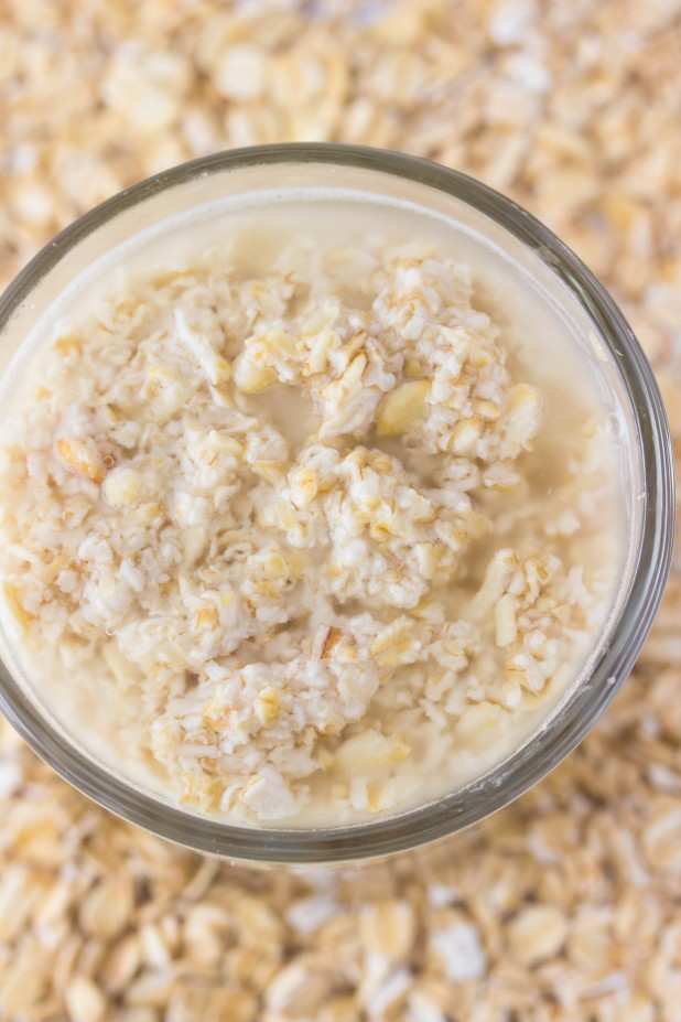 Picture Of diy oatmeal oil buster face mask  3