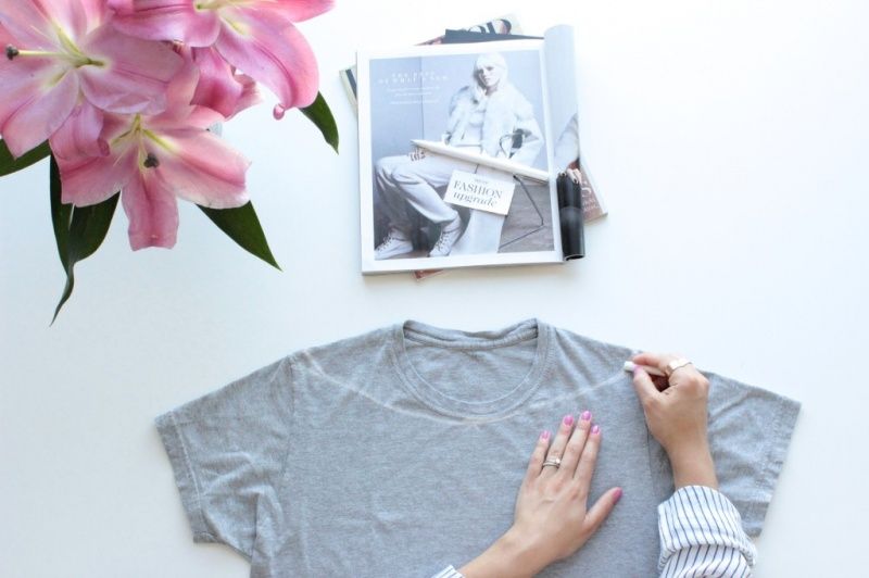 Picture Of diy off the shoulder t shirt  2