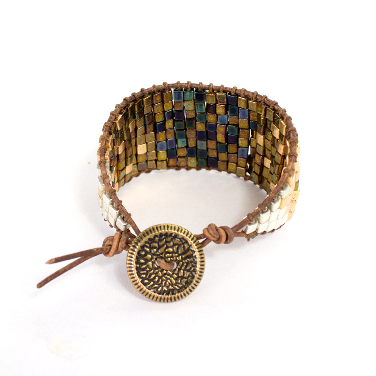 Picture Of diy ombre beaded leather cuff  11