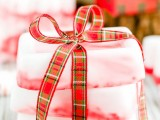 diy-peppermint-soap-for-christmas-1