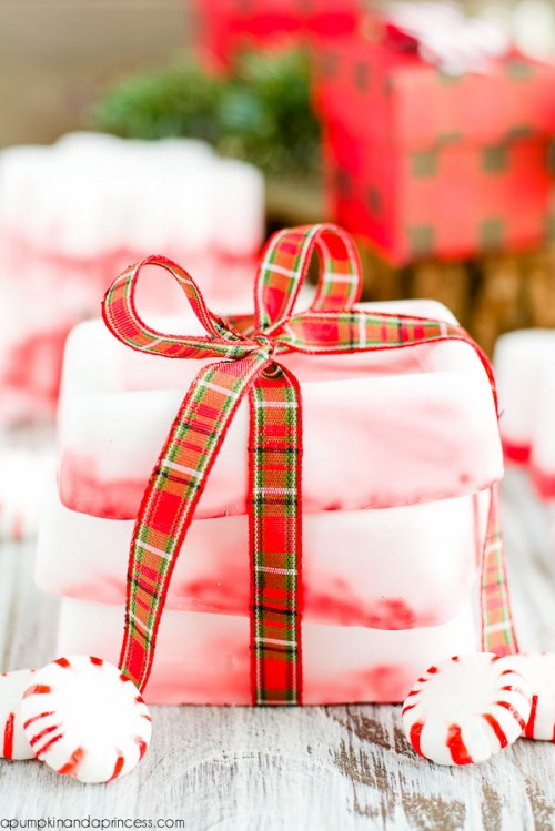 DIY Peppermint Soap For Christmas