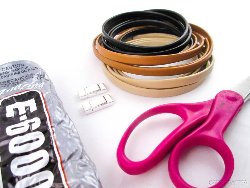 Picture Of diy plain leather bracelet with a clasp  2