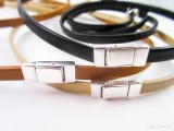 diy-plain-leather-bracelet-with-a-clasp-4