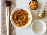 diy-pumpkin-and-apple-face-mask-for-exfoliating-2