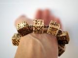 diy-pyrography-wooden-cube-bracelet-8