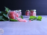 diy-raspberry-and-honey-lip-scrub-2