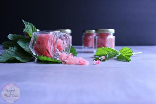 DIY Raspberry And Honey Lip Scrub