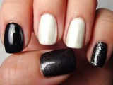 diy-rock-maniac-nail-art-in-black-and-white-2