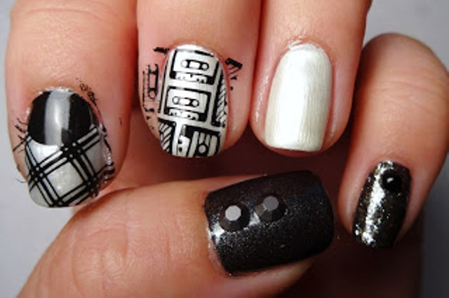 Picture Of diy rock maniac nail art in black and white  4