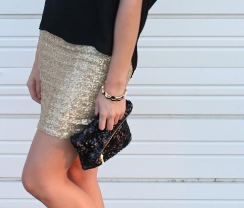 sequin mini skirt (via sweet-verbena)