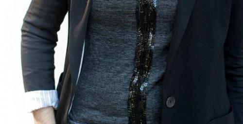 sequin stripe tee (via theglitterguide)