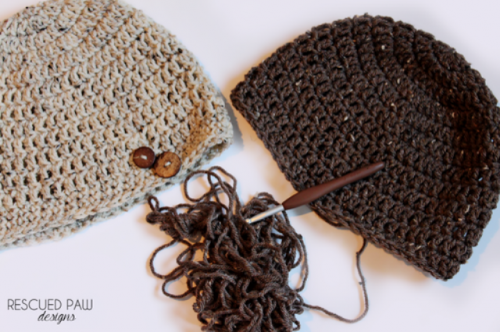 DIY Simple Crochet Oatmeal Button Hat